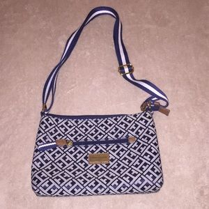 Handbags - Tommy Hilfiger - Adjustable strap purse